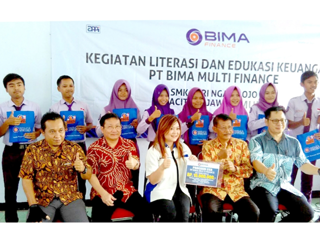 PT BIMA MULTI FINANCE DISTRIBUTES EDUCATION AID